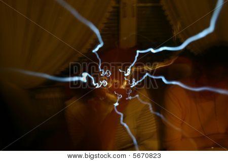 Center Light Flashes