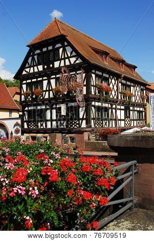 Historical Tudor style house inn in Weingarten