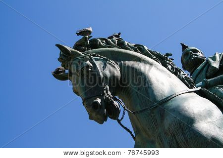 Equestrian statue in Florence