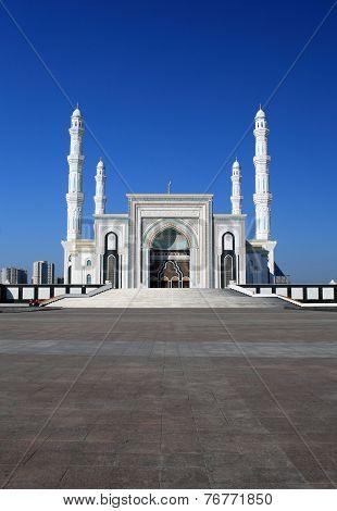 New Mosque In Capital Of Kazakhstan, Astana (hazrat Sultan, Hazret Sultan, Khazret Sultan)