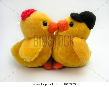 duck toys kissing