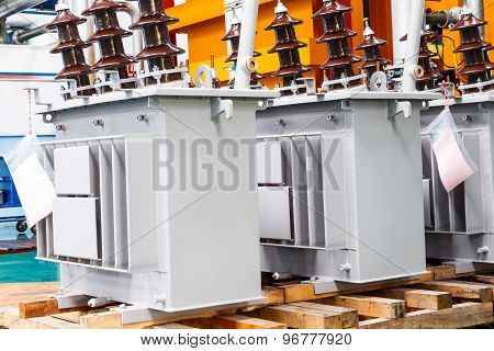 Three Phase Corrugated Fin Hermetically Sealed Type Oil Immersed Transformer