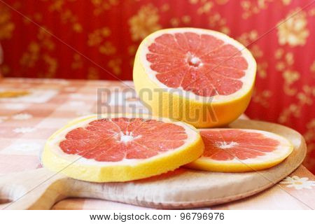 grapefruit red cut by pieces