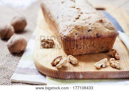 Banana cake with walnuts and dark chocolate
