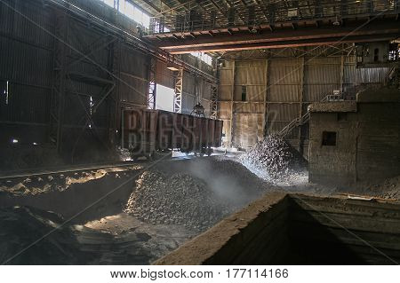 Plant for the production of refractory bricks near the town of Zaporozhye in Ukraine. August 2008