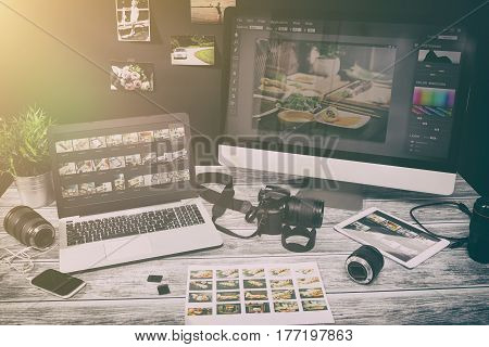 photographer camera editor monitor design laptop screen