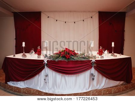 Main wedding table with beautiful decoration