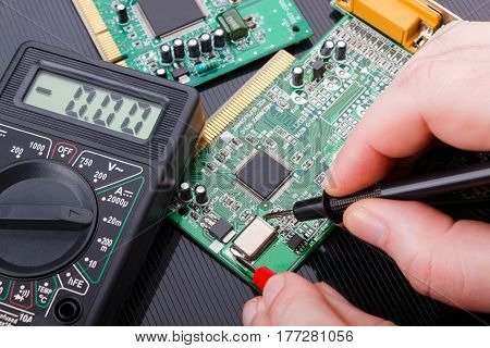 Close-up repair and diagnostic of electronic circuit board