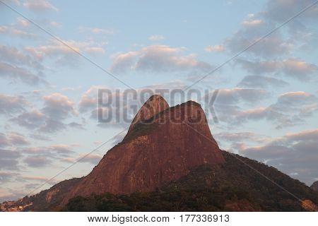 Morro dois irmaos visto da praia do Leblon Rio de Janeiro - Brazil
