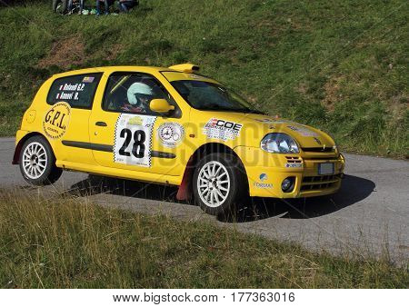 The Giutte Italy - November 01 2015-Rally Valli Genovesi: Renault Clio 2000 annovi-Rolandi crew during the race.