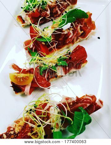 Eten, gerecht, voorgerecht Pata Negra in een restaurant