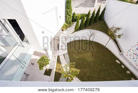 Garden in front of modern house