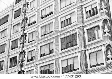 Valencia (Spain) facade of a modern building. Black and white