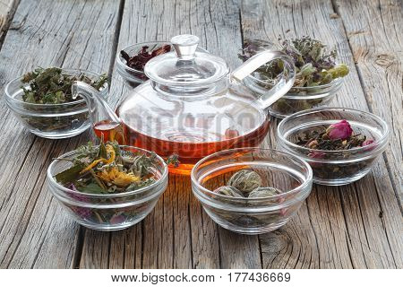 Set Healing Herbs. Dried Herbs For Use In Alternative Medicine.herbal Medicine, Phytotherapy Medicin