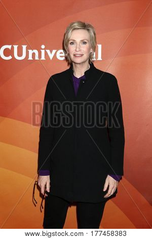 LOS ANGELES - MAR 20:  Jane Lynch at the NBCUniversal Summer Press Day at Beverly Hilton Hotel on March 20, 2017 in Beverly Hills, CA
