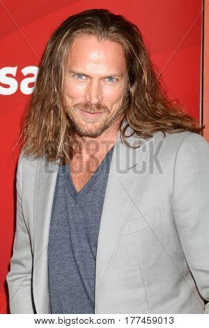 LOS ANGELES - MAR 20:  Jason Lewis at the NBCUniversal Summer Press Day at Beverly Hilton Hotel on March 20, 2017 in Beverly Hills, CA
