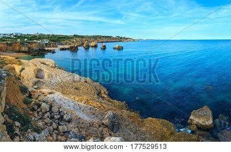 Atlantic Rocky Coast (albufeira, Algarve, Portugal).