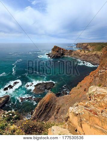 Summer Atlantic Ocean Coastline (algarve, Portugal).