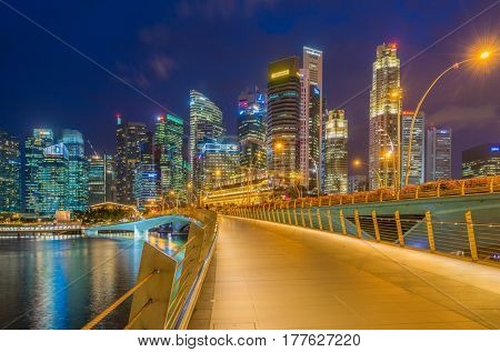 SINGAPORE, FEBRUARY 14 2017 : Singapore skyline and view of the financial district, Singapore on February 14 2017