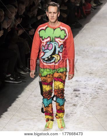Jeremy Scott - Fall 2017 Collection