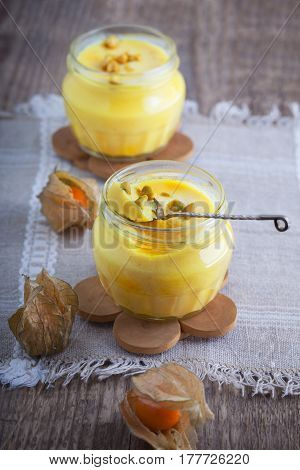 Panna cotta of almond milk with saffron.
