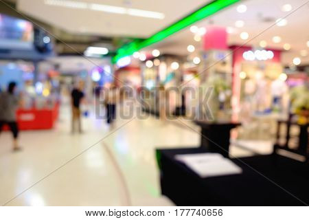 Defocused Of Storefront In Shopping Mall Or Department Store With Blur Bokeh.