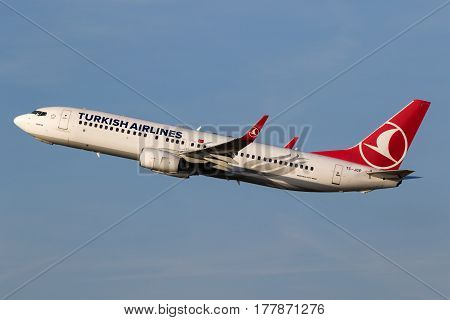 Turkish Airlines Boeing 737 Airplane