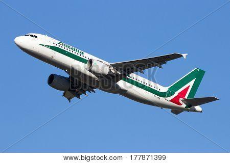 Alitalia Airbus A320 Airplane