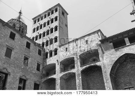 Barcelona (Catalunya Spain): historic buildings in the gothic quarter. Black and white