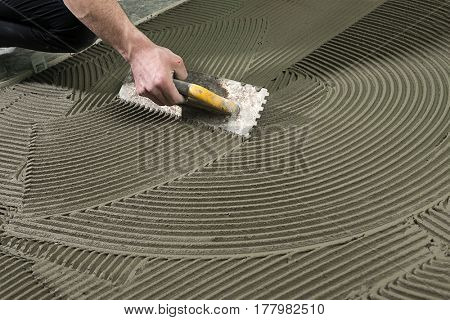 Applying Ceramic Glue