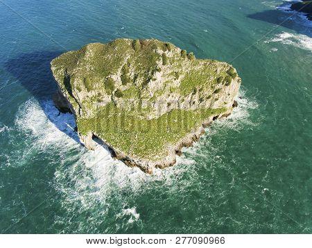Akatxa Island, Bermeo, Bizkaia, Basque Country, Spain