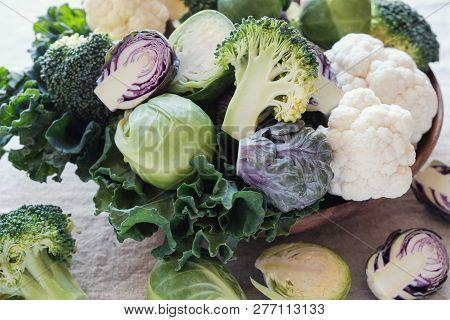 Cruciferous Vegetables, Cauliflower,broccoli, Brussels Sprouts, Kale In Wooden Bowl, Reducing Estrog