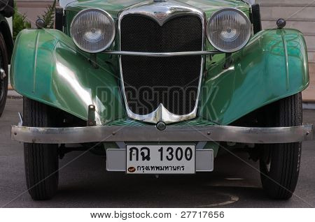 Hua Hin Vintage Car Parade  2011