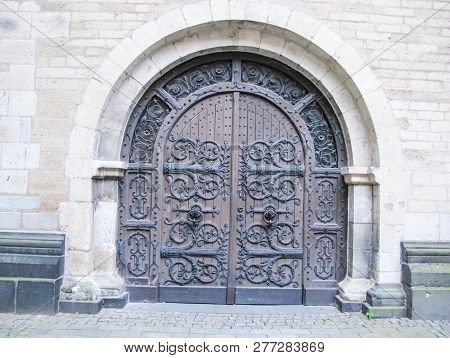 Antique Doors And Gates, Cultural Heritage In The Form Of Doors, Arches And Gates.