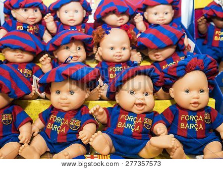 Barcelona, Spain-september 17: Dolls In The Form Of Fc Barcelona On The Counter Of The Gift Shop In