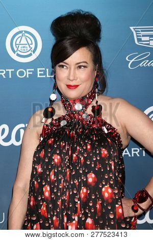 LOS ANGELES - JAN 5:  Jennifer Tilly at the Art of Elysium 12th Annual HEAVEN Celebration at a Private Location on January 5, 2019 in Los Angeles, CA