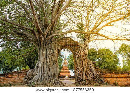 Ancient Gate At Wat Phra Ngam Temple, Ayutthaya ,thailand.
