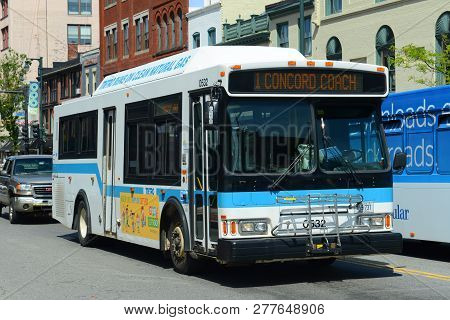 Portland, Me, Usa - Jun 20, 2015: Portland Public Bus On Congress Street In Old Port District Of Por