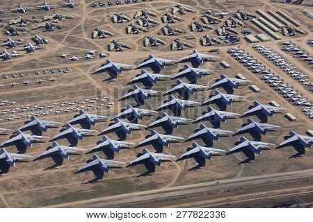 Tucson City, Arizona Usa - Dec 27, 2018: Retired Aircrafts Parking In The Aircraft Boneyard In Davis