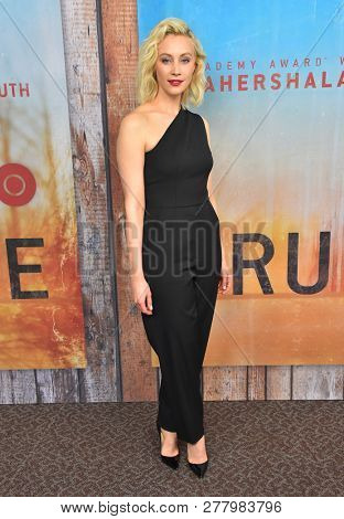 LOS ANGELES - JAN 10:  Sara Gadon arrives to HBO's 'True Detective' Season 3 Premiere  on January 10, 2019 in Hollywood, CA