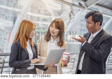 Team Meeting Group Of People Diversity Multiethnic Teamwork Collaboration Communication Concept. Bus