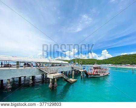 Pattaya Thailand - 11 July 2020: Ferry Boat Moving Towards The Coast At Koh Larn At Tawaen Port