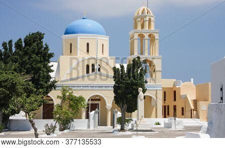 St George Church (ekklisia Agios Georgios) Oia, Santorini, Greece July 12 2009: Greek Orthodox Churc