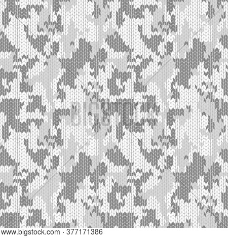 Knitted White Monochrome Camouflage Seamless Pattern. Woolen Light Knitted Texture. Winter Clothing,