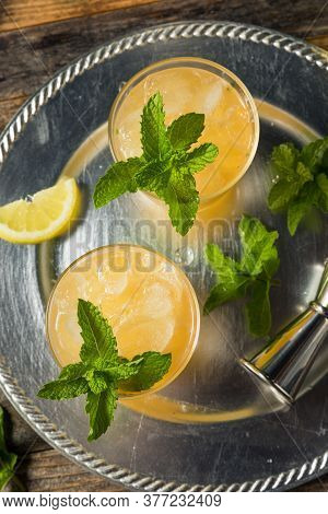 Refreshing Boozy Whiskey Smash