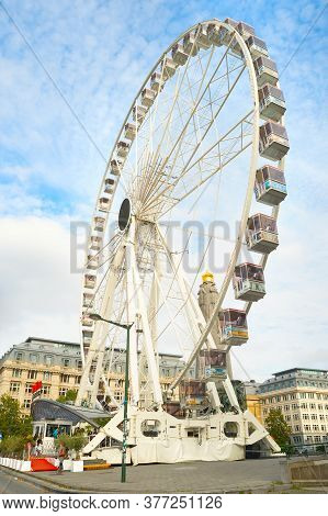 Brussels, Belgium - October 5, 2019: Brussels Eye - Ferris Wheel Skyward View In Brussels.