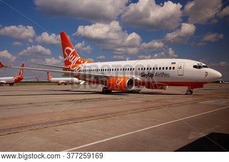 Kyiv, Ukraine - July 1, 2020: Passanger Plane Boeing 737-8h6 Aircraft - Ur-sqd. Airplane On The Plat