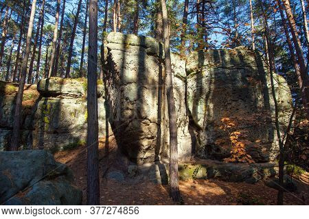 Mastale Rockies Or Toulovcovy Mastale Rock City Near Prosec Town, Sandstone Rockies In Czech Republi