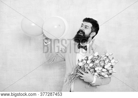 Surprise Party Romantic Proposal Ideas. Present For Spouse. Bearded Man With Tulips. Guy With Air Ba