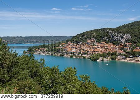Bauduen, France - July 5, 2020: Bauduen And The Lake Of The Holy Cross - Le Lac De Sainte Croix In P